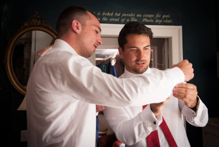 Wedding photography - Groomsmen getting ready