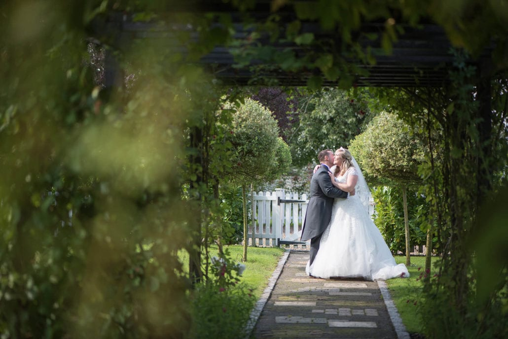 Just wed in gardens